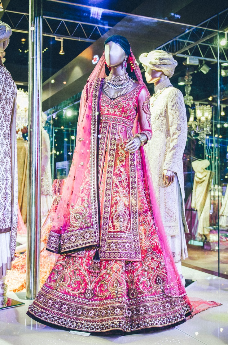 Sikh wedding sikh wedding attire sikh bridal dress for Punjabi wedding dresses online